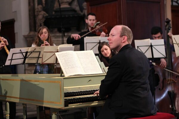 Conducting Royal Academy of Music Baroque Ensemble at a Gresham College lecture in Spitalfields, London